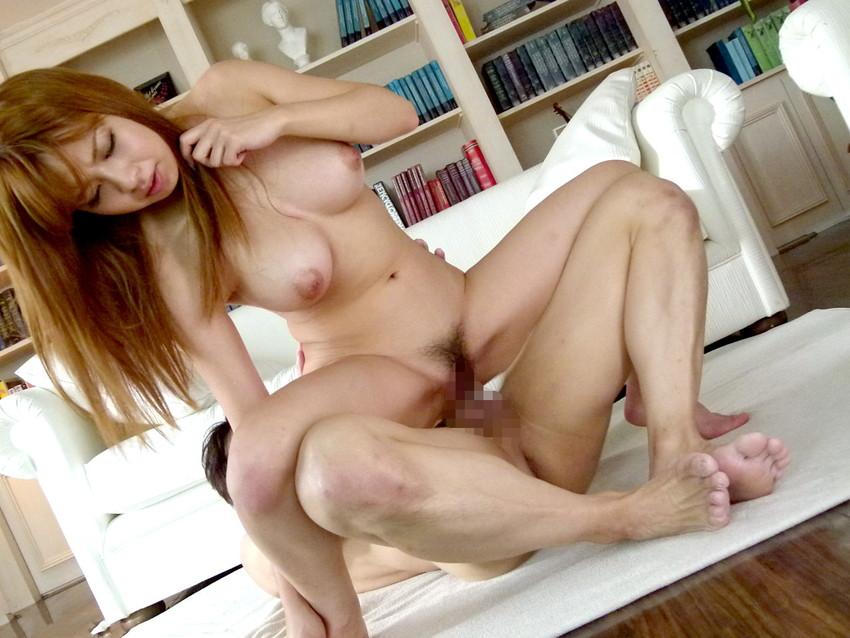 【セックス各種エロ画像】様々な体位で女の子たちがハメ狂うセックス特集! 38