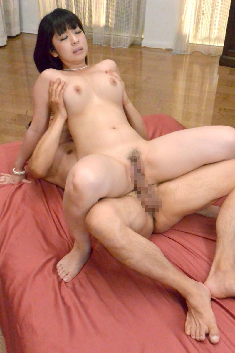【セックス各種エロ画像】様々な体位で女の子たちがハメ狂うセックス特集! 49