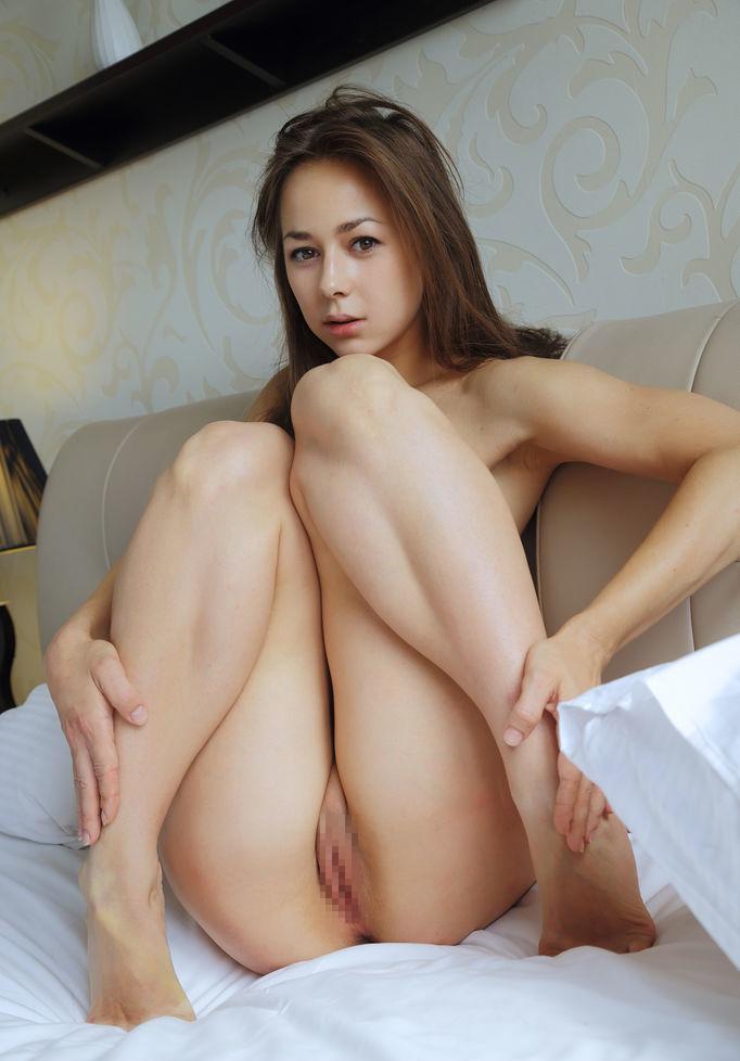 【洋物エロ画像】まるで映画の中から抜け出したかのような海外美女の卑猥な姿にフル勃起! 12