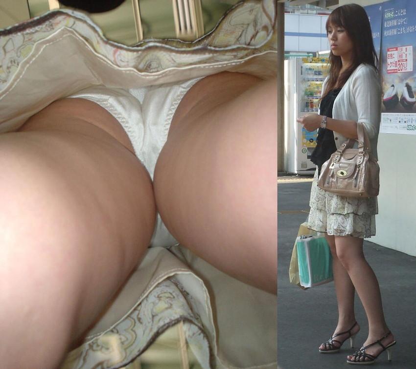 【パンチラ逆さ撮りエロ画像】女の子の直下からスカートの中身を盗撮したったww 24