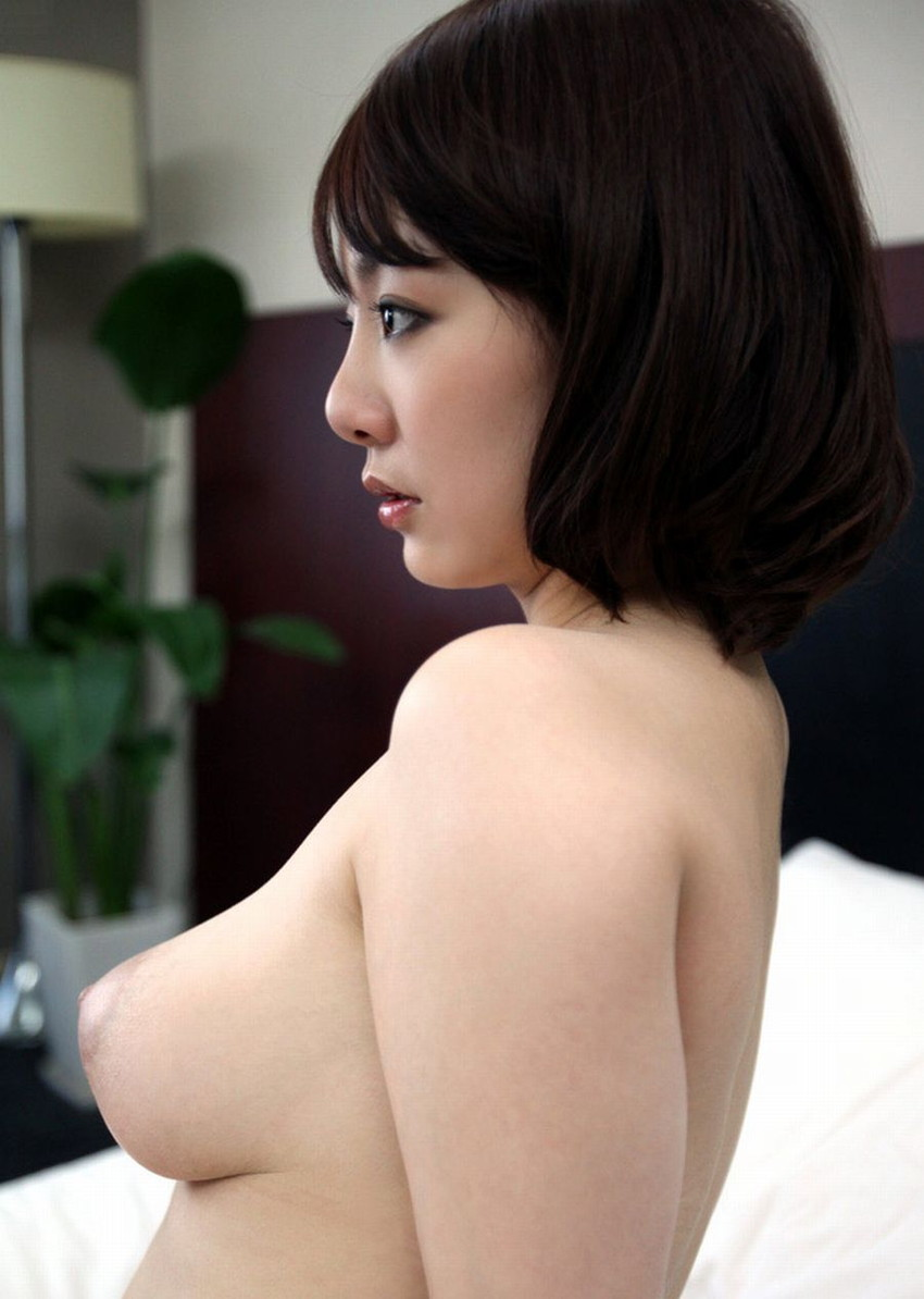 【美乳エロ画像】綺麗過ぎるおっぱい!こんなおっぱいの彼女がほしい!www 23